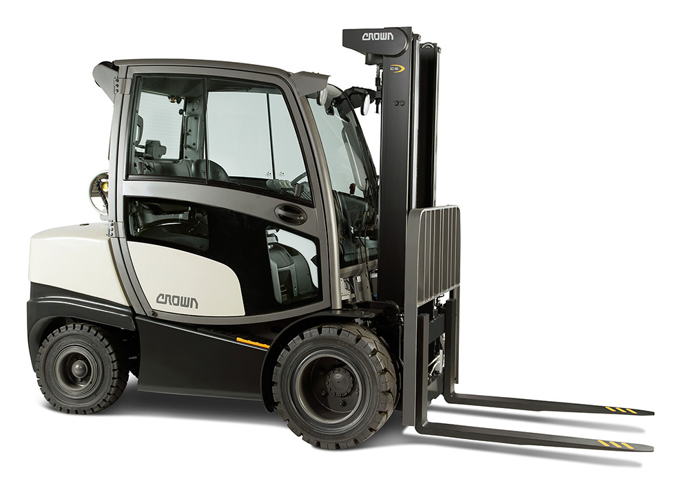Premiere At Logimat 2015 Crown Extends Its Range Of