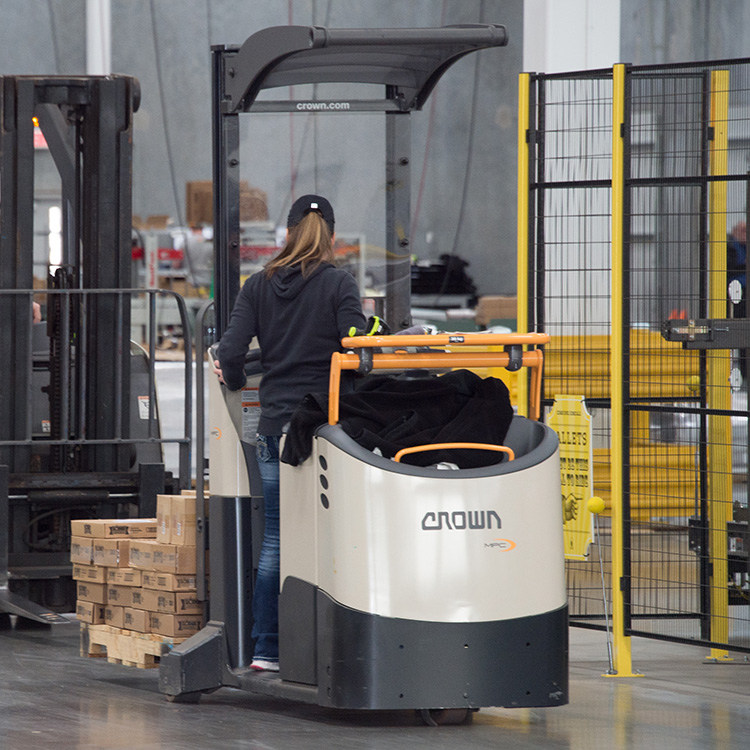 order picker with mast MPC Series from Crown